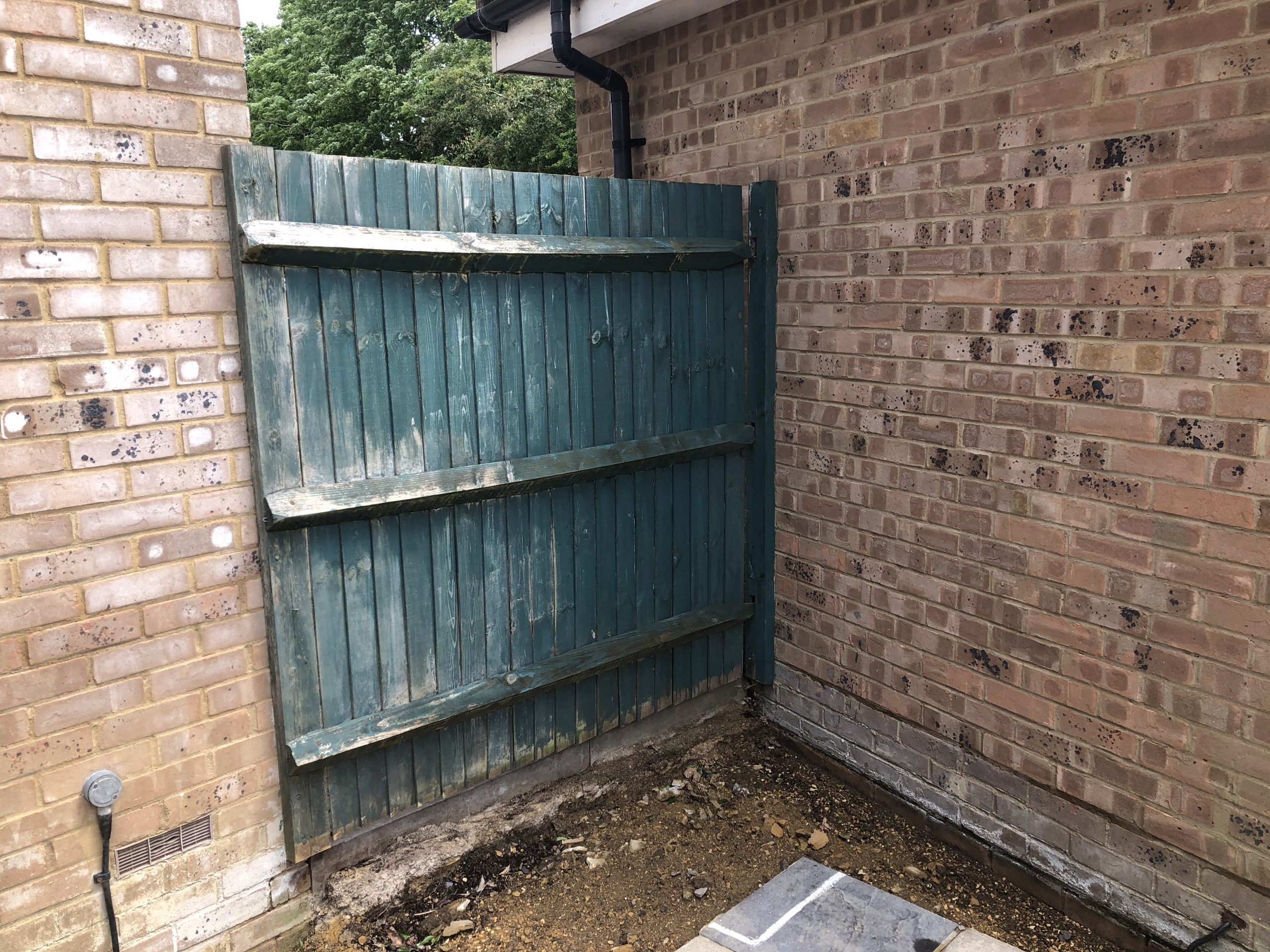 The old small fence